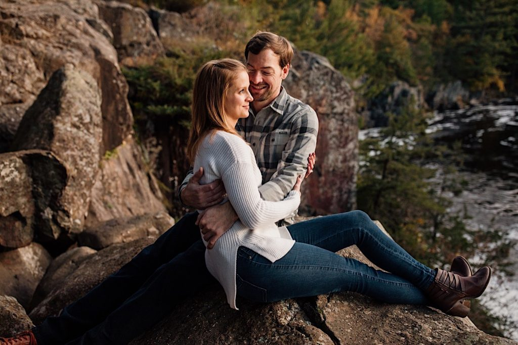 Adventurous & Fun Engagements session at Interstate State Park, Wisconsin // Enjoying the view